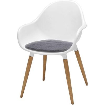 Stuhl mit Kunststoffsitz